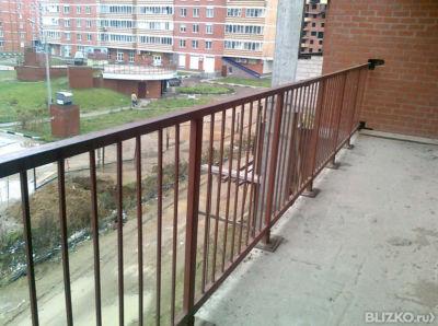 Металлические ограждения балконов и лестничных пролётов, рам.
