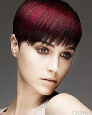 Креативное окрашивание на средние волосы
